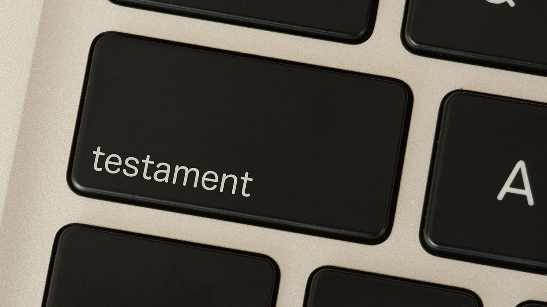 Aufschrift Testament auf der Taste einer Tastatur